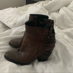Dolce Vita brown leather blocked heel booties